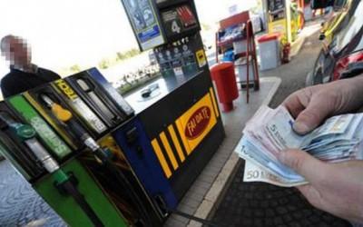 Addio contante per i rifornimenti di carburante